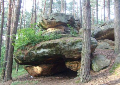 Skały w Krynkach crag group, entrance to the Grota Skrzatów (Dwarf Grotto), Triassic sandstones